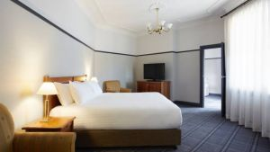 Brassey Hotel - Accommodation Perth