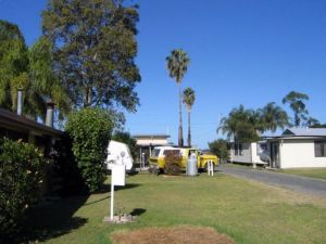 Browns Caravan Park - Accommodation Perth