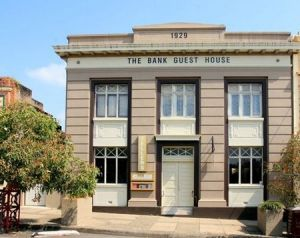 The Bank Guest House  Tellers Restaurant - Accommodation Perth