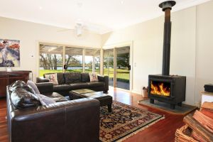 Terara Riverside Retreat - Accommodation Perth