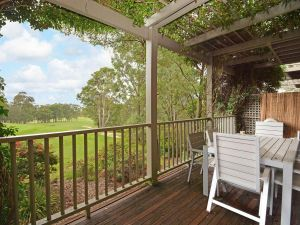 Villa Margarita located within Cypress Lakes - Accommodation Perth